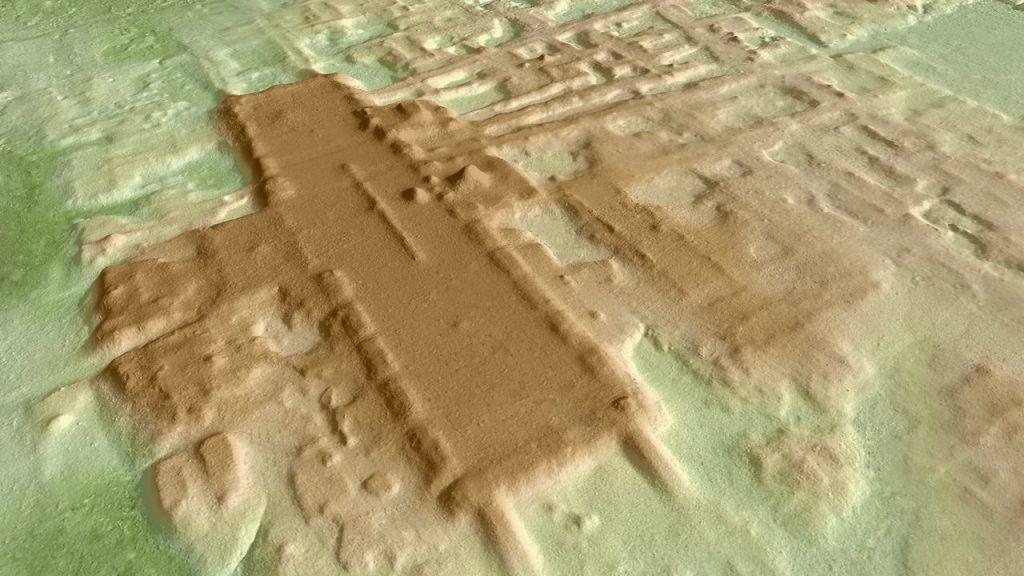 topographie pyramides d'Aguada Fenix