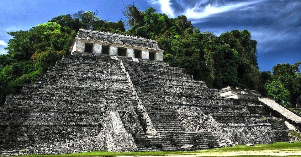campeche-pyramide-temple